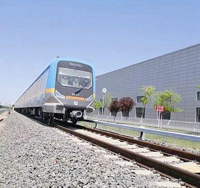 青岛地铁1号线首列电客车完成试车线动态调试