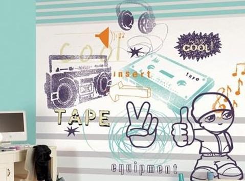 带有街头艺术风格的涂鸦挂画让原本理性的家显得轻松