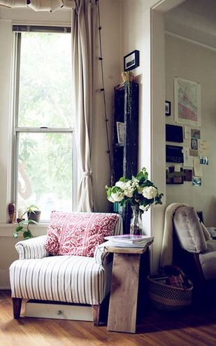 背景墙 房间 家居 起居室 设计 卧室 卧室装修 现代 装修 311_498 竖