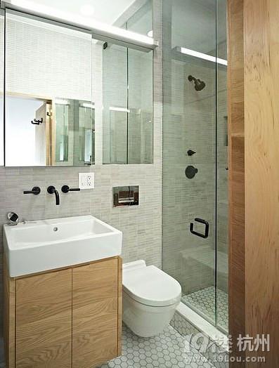 迷你户型卫浴间设计 2平米空间五脏俱全(图)