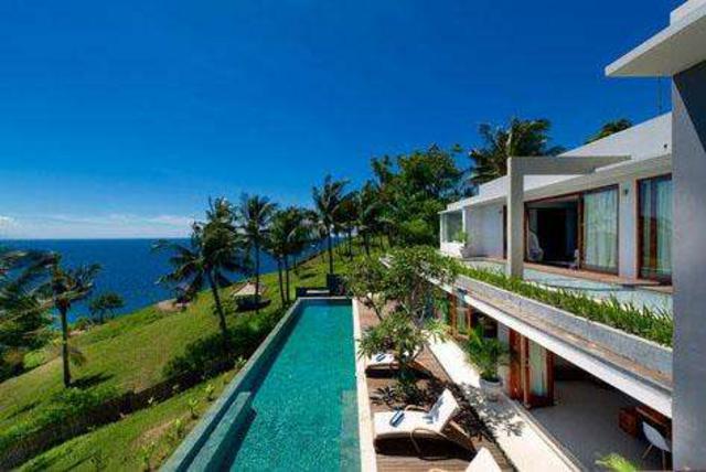 第十名:malimbu别墅别墅(莱芜)岛绿叶悬崖怎么样印尼图片